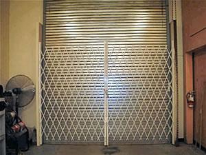 scissor gate with rolling door